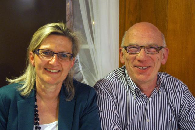 Gemeinderatskandidatin Vreni Steffen-Steinegger mit dem Gemeindepräsidenten Peter Probst
