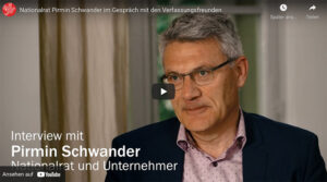Nationalrat Pirmin Schwander im Gespräch mit den Verfassungsfreunden